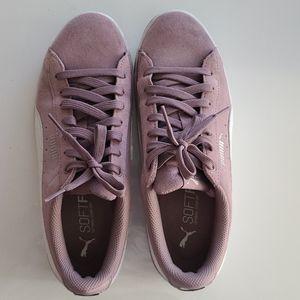 Puma lavender sneakers